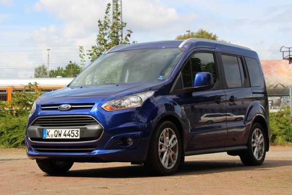 ford-tourneo-connect-2014-jens-stratmann