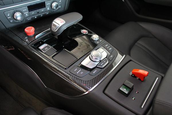 audi-rs7-piloted-driving-concept-kennzeichen-blog-3