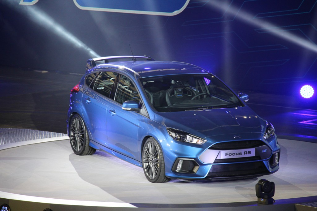2015-ford-focus-rs-der-neue-gti-golf-r-killer