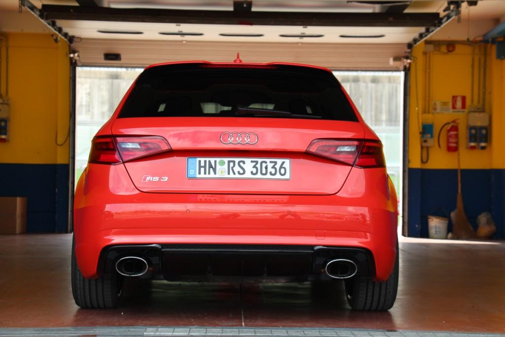 audi-rs3-sportback-2015-8