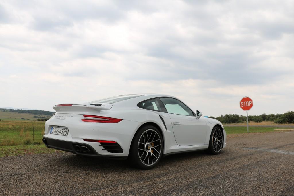 2016-porsche-911-turbo-s-autos-2016-kennzeichen-blog-3